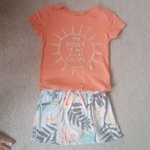 "Old Navy ""Aunt"" T-shirt and Skort Oufit"